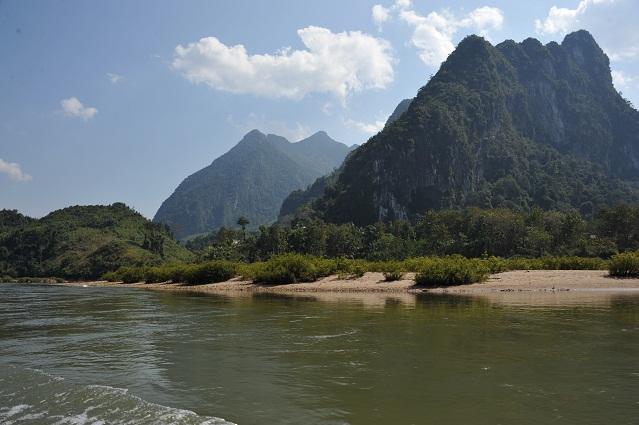 Muang Ngoi Neua nearby