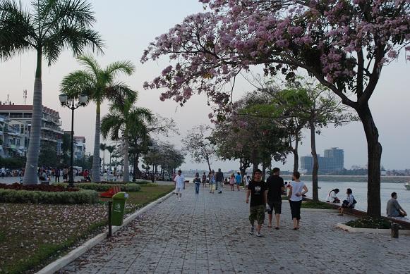 Phnom Penh in spring