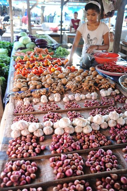 Maumere market
